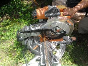 sawing2